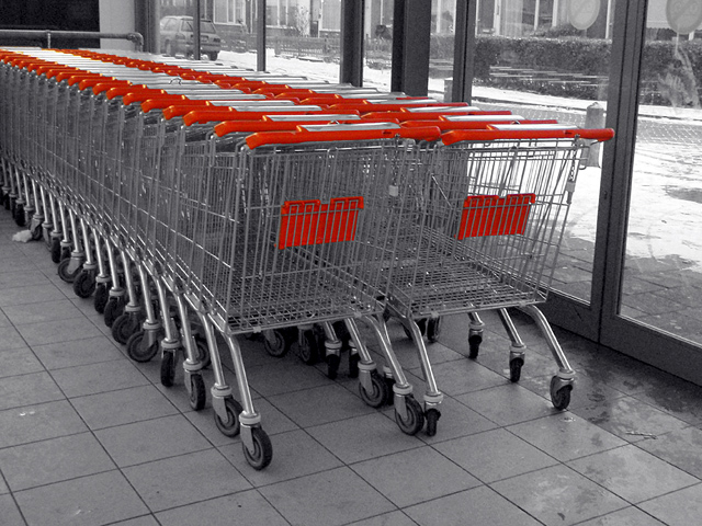 (c) CYM 2010 - shopping carts